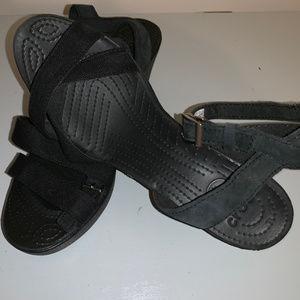 Black Crocs straps LEIGH sandal wedge womens 10
